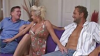 Brazzers xxx: Mature playmate marth monroe tampons