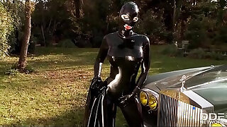 Fetish Queen Latex Lucy Fucks herself outdoors with Dildo - 1915