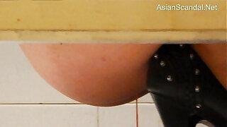 Brazzers xxx: Toilet Voyeur Chinese Hot Video