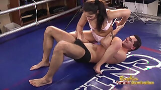 Brazzers xxx: Boxer dominates her man in the ring