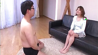 Brazzers xxx: Hot milf Reina Nishio shows off in nasty manners