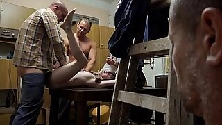 Brazzers xxx: Sexual Glasses A perverted family sex