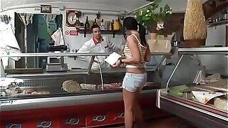 Brazzers xxx: Cagwa muitai na gostosadinha e maixinho 3m 25