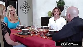 Brazzers xxx: MILF and daughter having a funny time