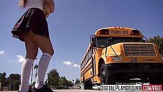 Brazzers xxx: Horny girl is blowing her school gym coach