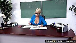 Brazzers xxx: Busty teacher fucked in school