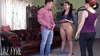 Brazzers xxx: Teen Has Anal Sex With Her Daddy Live on Cam
