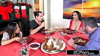 Brazzers xxx: Moms Daughter Ava Addams Takes Top